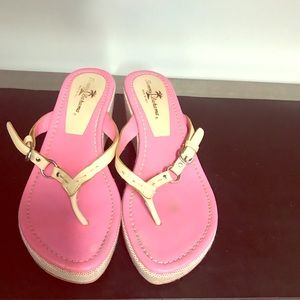 Tommy Bahamas pink wedges